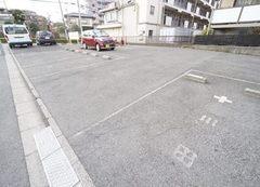 駐車場・駐輪場3